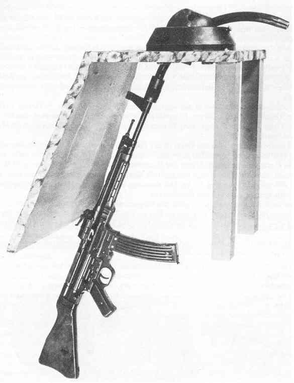 http://www.lexikon-der-wehrmacht.de/Bilder/Sturmgewehre/Krummlauf-1.jpg